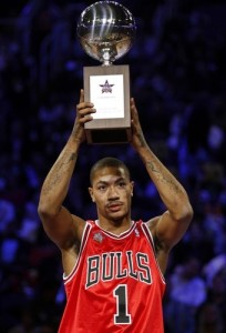 Chicago Bull's Derrick Rose holds up his trophy after winning the Skills Competition at the NBA All-Star basketball weekend in Phoenix, Arizona
